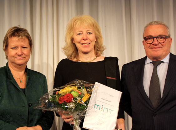 Über-mich: Beate Röcker wird auf der MINT-Botschafterkonferenz ausgezeichnet